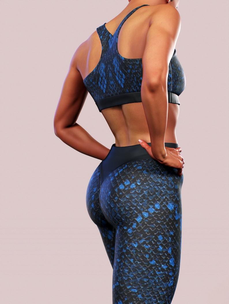 Blue Snake Skin Sports Bra Double Lycra Training Sportswear Women Blue Animal Print Boa Python Pattern Activewear Bralette Crop Top Support