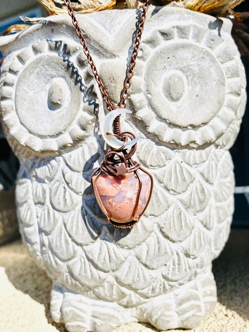 Wire wrapped Cotton Candy Agate with mother of pearl moon bead /& star embellishment pendant necklace