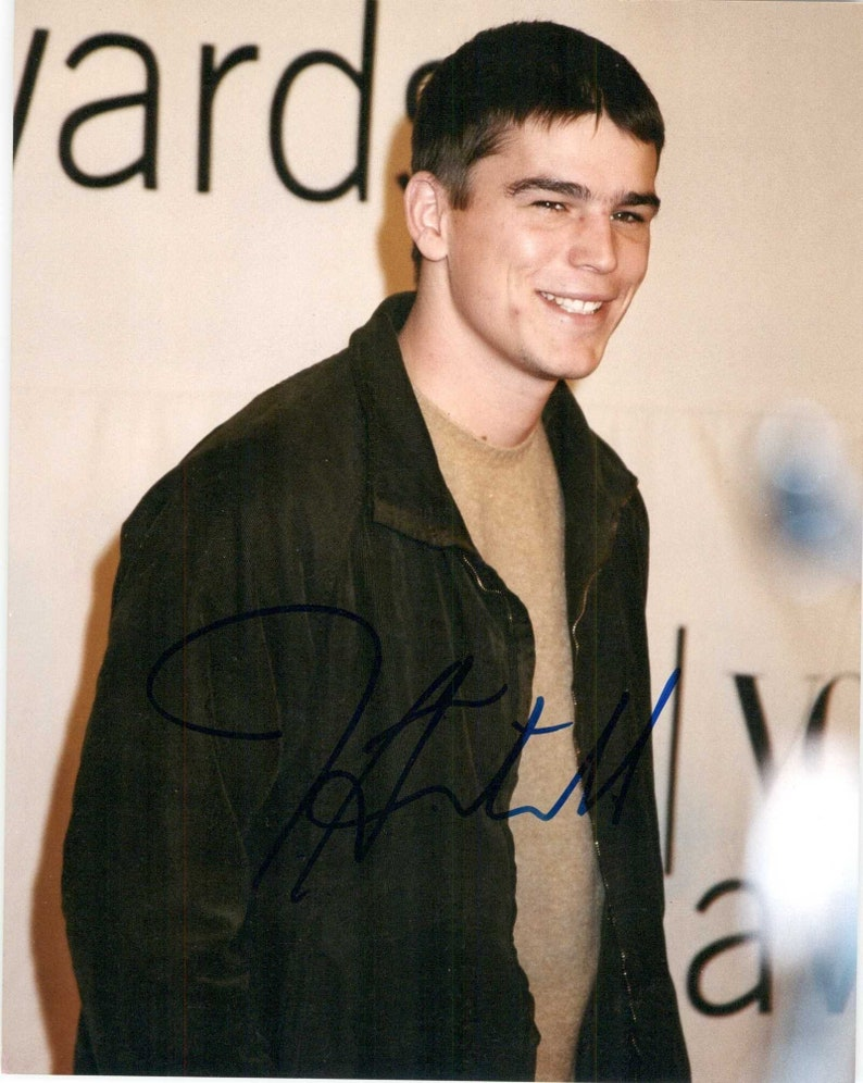 Josh Hartnett Signed Autographed Glossy 8x10 Photo COA Matching Holograms