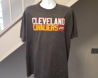 6d694f4fa27 Cleveland Cavaliers Lebron James Medium T-Shirt