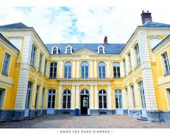 "Tableau Fine Art - Arras - ""Symmetry at the Hotel de Guînes"" by @danslesruesdarras - 50x70cm"