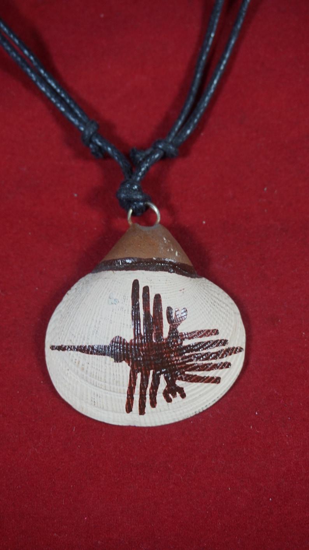 marina concha with design Line Nazca Condor Peruvian necklace