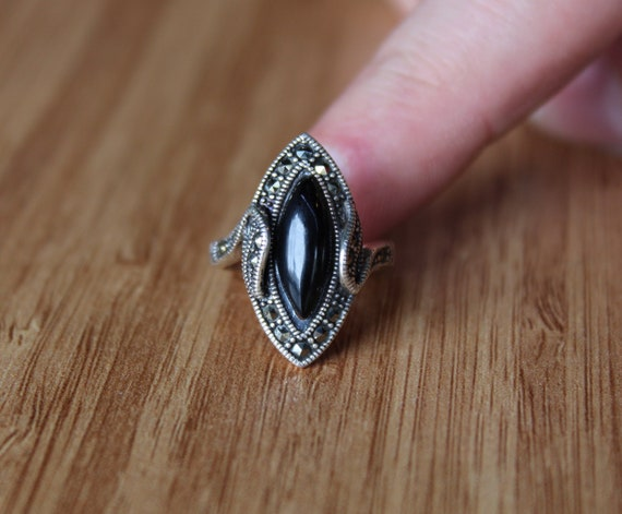 Black Stone Women Ring Sterling Silver Gothic Ring Victorian Style Black Ring Natural Black Jet Stone Vintage Ring Sterling Silver Ring
