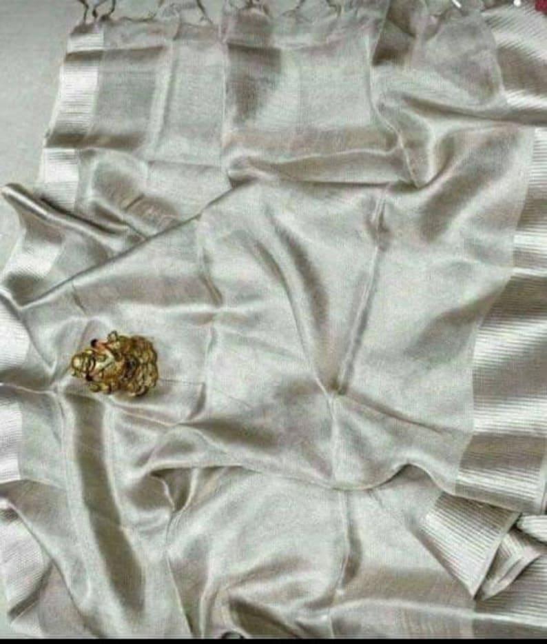 Linen tissue silver color pure organic handwoven saree with contrast silver zari border,tissue saree,Silver linen tissue saree with blouse