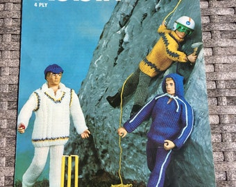 Vintage Robin 4 Ply Action Man Outfits. 2715.
