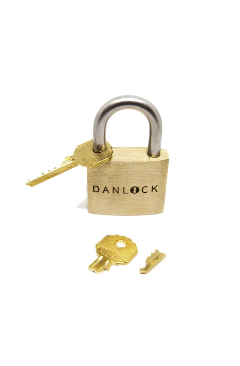 DanLock image 0
