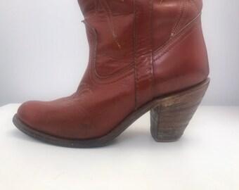 559f229d0e168 Vintage cowboy boots Miss Capezio