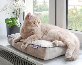 Dream Spot Pillow Pack, Cat pillow pack, Cat bed, Cat blanket, Cat mat, Cat sleeping set