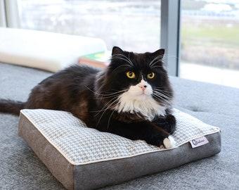 Window sill pillow for cats, Cat bed, Handmade pillow for cats, Cat pillow, Gift for a cat, Cat blanket, Cat sleeping pillow