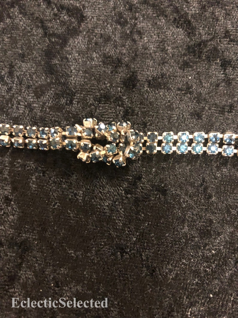 Knotted Blue Rhinestone Sweater Clip