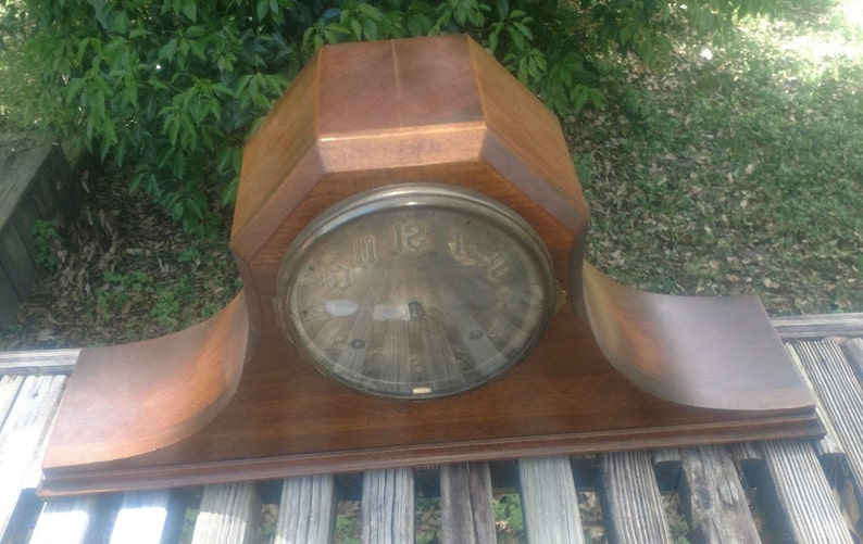 Vintage NEW HAVEN TAMBOUR 96 Mantle Chiming Clock - Works Cathedral Gong  Movement
