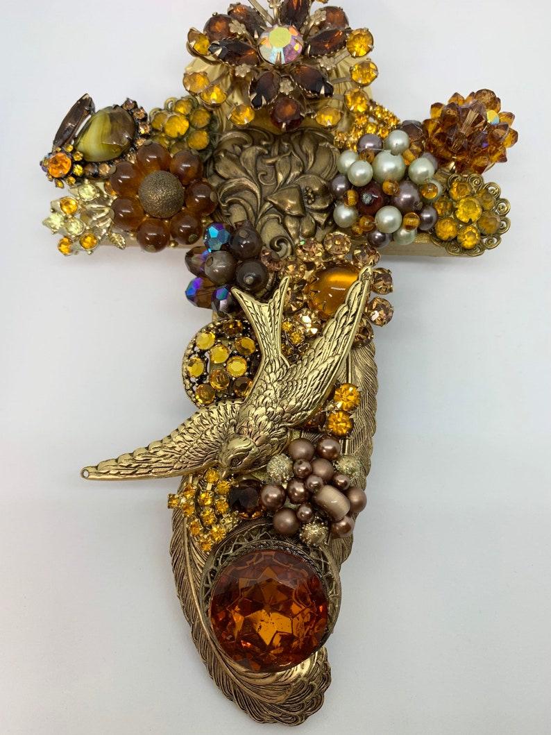 Vintage Jewelry Art Cross