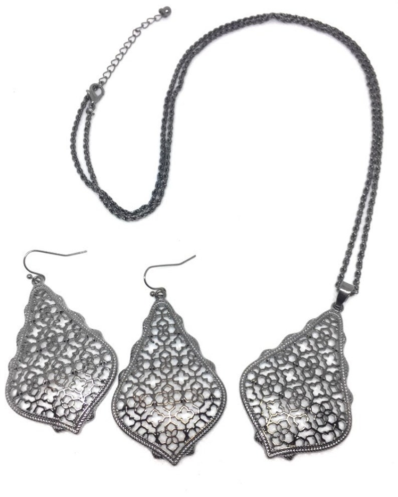 NEW 3D Metal Filigree Set Necklace and Earring Set in 7 Colors