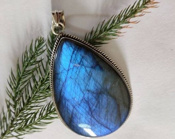 Wedding Gift P95 Sterling Silver Pendant Pear Labradorite Pendant Blue Labradorite Pendant Birthstone Pendant Labradorite Pendant