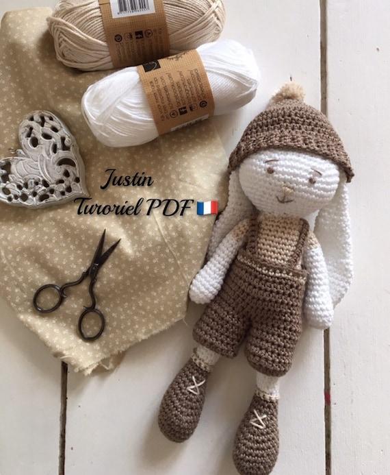 AMIGURUMI (crochet) : petit lapin blanc - YouTube | 693x570