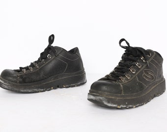 vintage women's size 7.5 black SKECHERS brand grunge platform runners 1990s vegan shoes