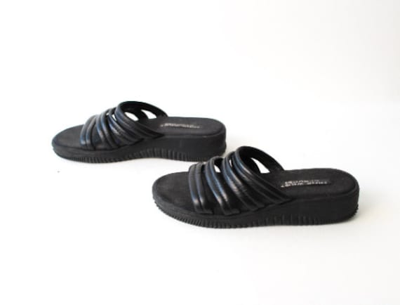 size 9 PLATFORM adidas style black rubber Y2k vint