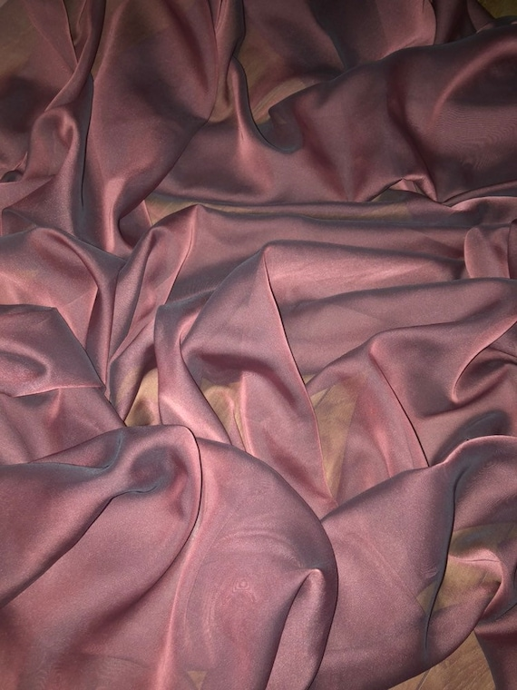 """1 MTR DUSKY PINK POLYESTER  SILK LINING FABRIC...44/""""WIDE"""