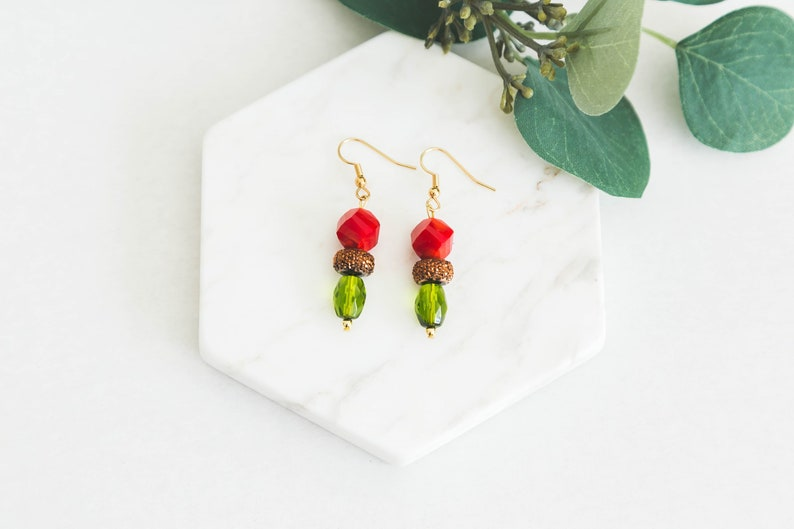0a38df139100e Red Green Grinch Earrings Christmas Earrings Jewelry gifts for her, Holiday  earrings, Christmas jewelry, Christmas gift ideas Gift for wife