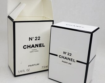 Chanel 22  Chanel 7.5 ml. Perfume Vintage