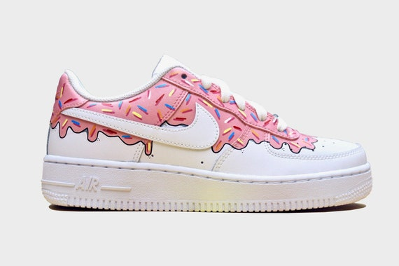Nike air force 1 Donuts Chaussures personnalisées Chaussures Nike Nike air force 1 douanes Chaussures Nike personnalisées Nike customs