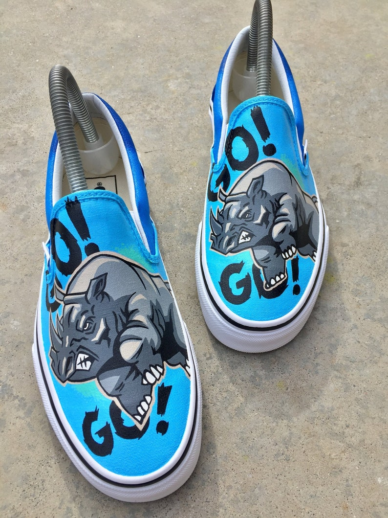 18e9ed4fa3ef0 Custom Vans - Vans Slip On Rhino - Custom Shoes - Hand painted - Vans -  Custom Kicks