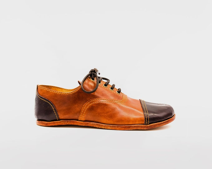 Barefoot Oxford Shoes / Hazel and Chocolate Brown / Barefoot Shoes / Vibram Soles / Flexible, Breathable, Stylish / Veg Tan Leather