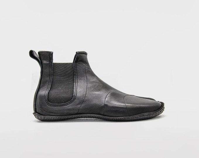 Silent Walker Tabi Boots | Black leather boots | Chelsea Style Ninja Shoes | Split toe side gore | Vibram soles | Handmade in England