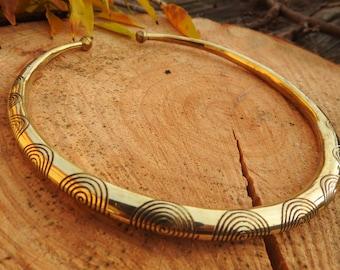 Flexible Tribal Brass Choker, Ethnic Brass Choker Necklace, Brass Cuff Necklace jewelry, choker for jewelry making, choker for macrame