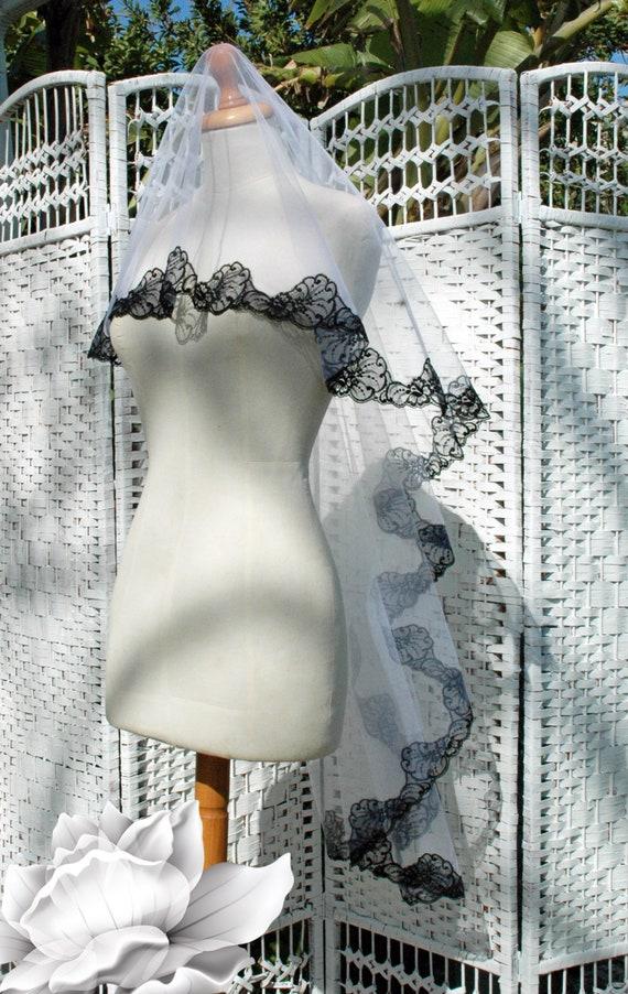 Wedding Bridal Veil White Double Layer with Trim