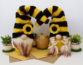 Farmhouse Gnome Bumblebee Bee Gnome Spring Gnome Flower Summer Gnome Doll Stuffed Gnomes Fabric Holiday Gnome Tray Décor Mothers Day Gift