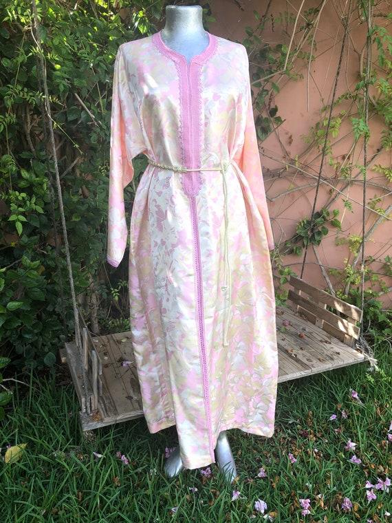 Vintage Pink & Ivory Floral Moroccan Kaftan