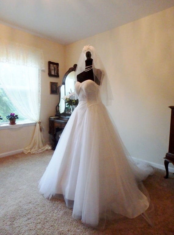 Vintage Wedding Dress | Mid-Century Wedding Dress