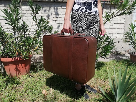 Vintage leather suitcase from the 70s - Leather br