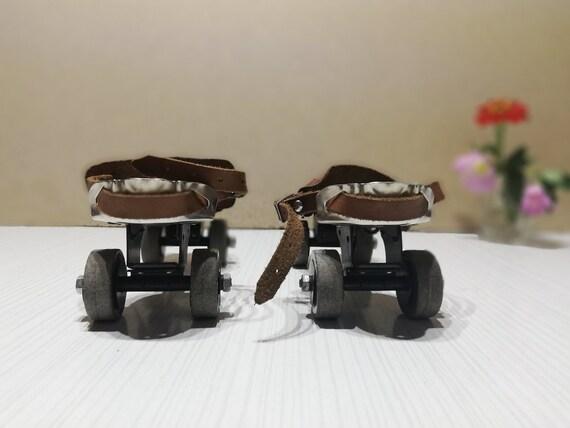 Roller skates - Vintage childish roller skates - … - image 3