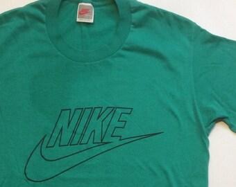 177eba0af082 Vintage Nike T Shirt