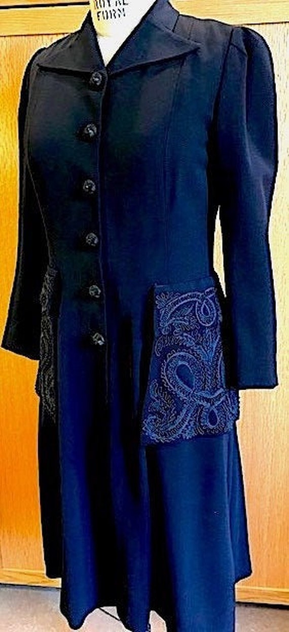 Womens Navy Late 40's Coat