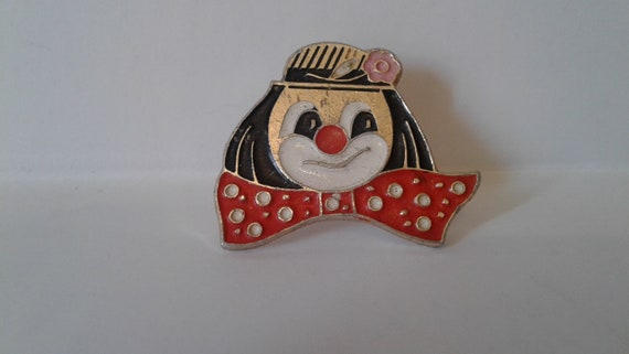 Pin. Clown icon. Collectible badge. Soviet badge o