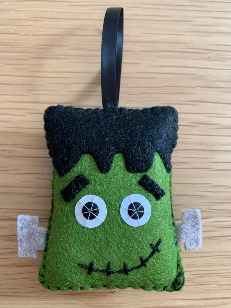 Felt Halloween hanging decoration  Frankenstein's monster image 0