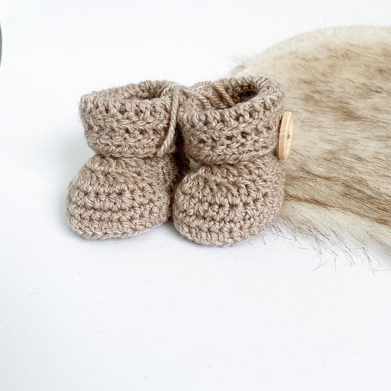 Baby Booties Crochet Pattern 0-3 Months.