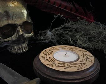 Creeping Vines Candle Holder
