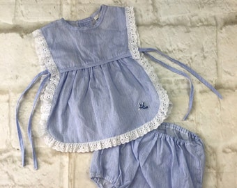 Vintage Baby Babies Newborn Traditional Mothercare 2 Piece Blue White Embroidered Bird & Bloomers Nappy Cover Set 1970s Age 0-3 Months