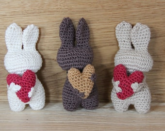 Bunny crocheted with heart