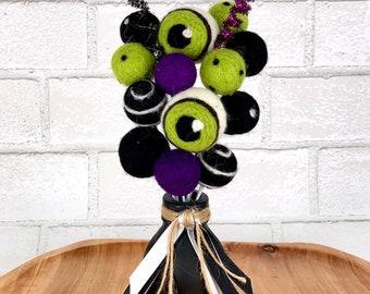 Halloween felt ball bouquets | Pom Pom bouquets | party centerpiece | Halloween wedding | Halloween baby shower | Halloween birthday favors