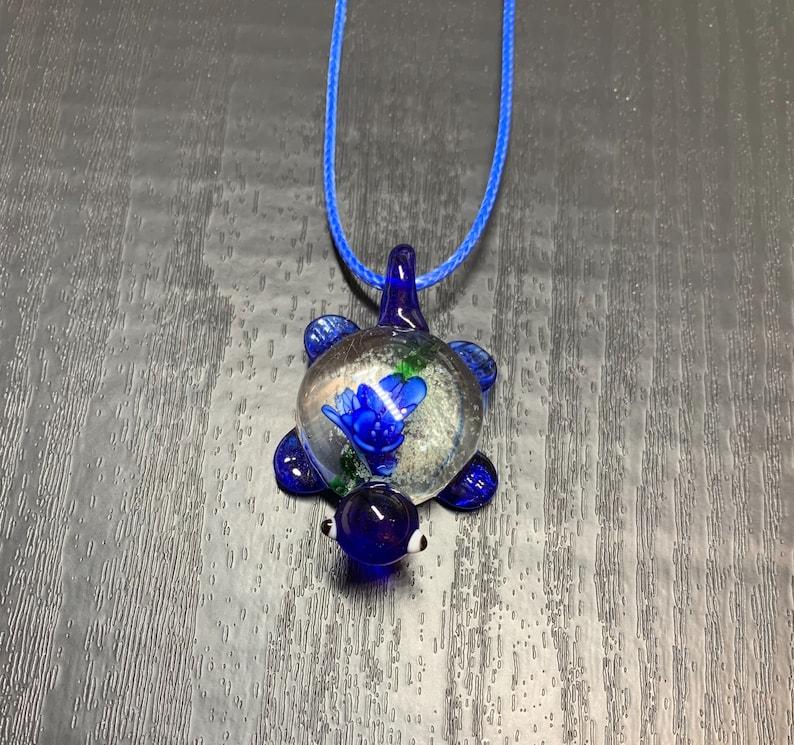 Turtle Pendant Handmade Lampwork Blown Glass pendant Turtle Murano Glass Necklace Baby Sea Turtle Turtle Jewelry Lampblown Jewelry
