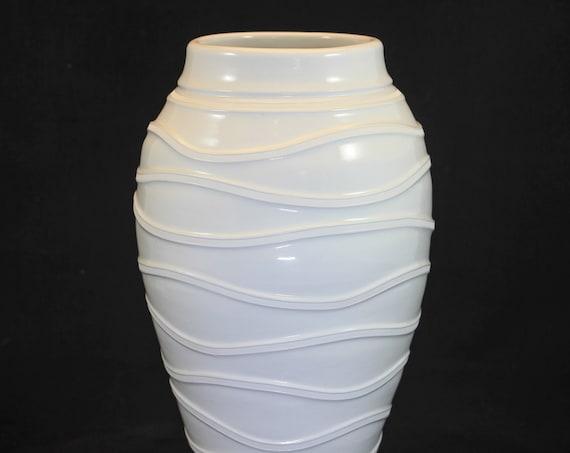 Large Modern Raised Rib Vase