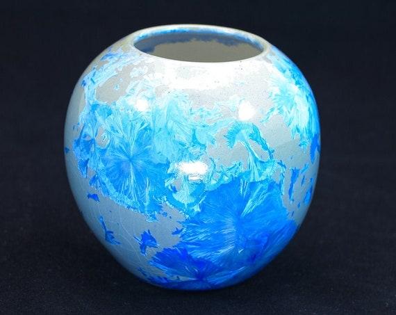 Exquisite Crystalline Blue Vase - VI - Modern No Neck