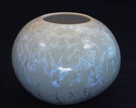 Soft Green Crystalline Vase - V - Contemporary Open Top