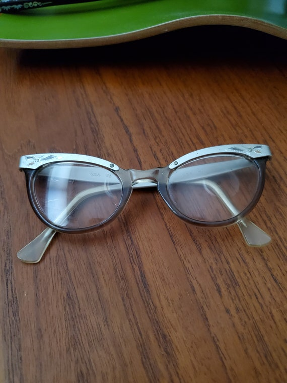 Vintage eye glasses/vintage frames/Vintage Cat Eye