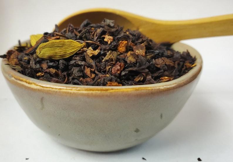 Green Chai Loose Leaf Tea Orange Peel Cinnamon Cloves Cardamom image 0
